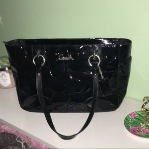 COACH Classic Embossed Patent Leather Tote EUC
